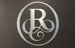 From Gentilly to Downtown, Ringletts Salon opens new 'express' location in Hilton Riverside